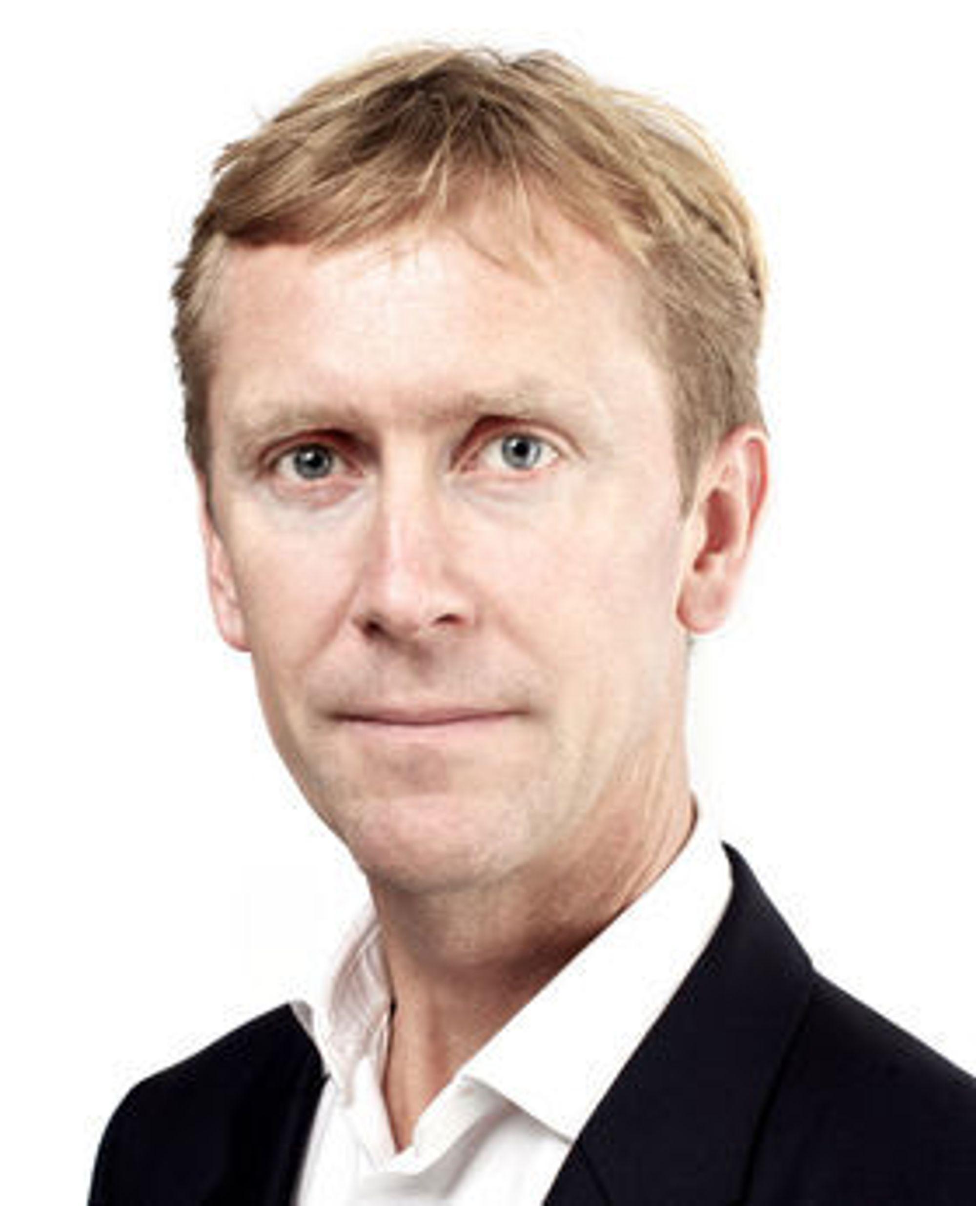 Gustav Line har vært administrerende direktør i Compello siden 2008. Han har tidligere hatt flere direktørstillinger i Microsoft Norge.