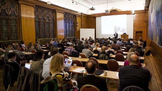Rundt 70 deltakere fulgte gratis-konferansen Sikkert nok på Håndverkeren i Oslo.