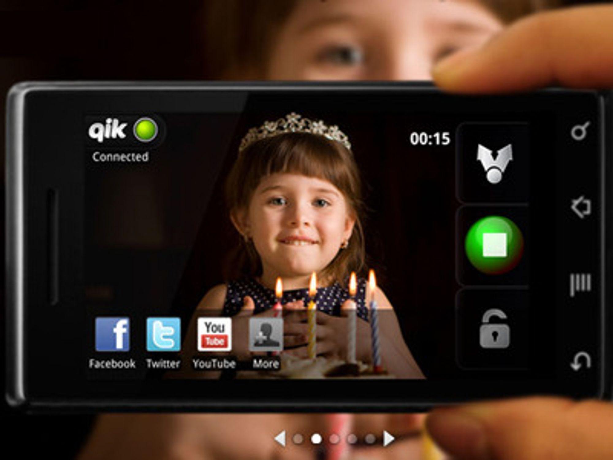 Qik brukes til å streame video til andre mobiltelefoner, under selve opptaket. Skype skal bruke teknologien til bedre videokonferanser med mobiltelefoner.