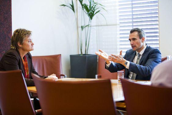 Jacobsen kunne fortelle IT-minioster Aasrud at de først fikk skikkelig gjennomslag med offentlige tjenester på nett da de benyttet den samme innloggingen som danske banker.