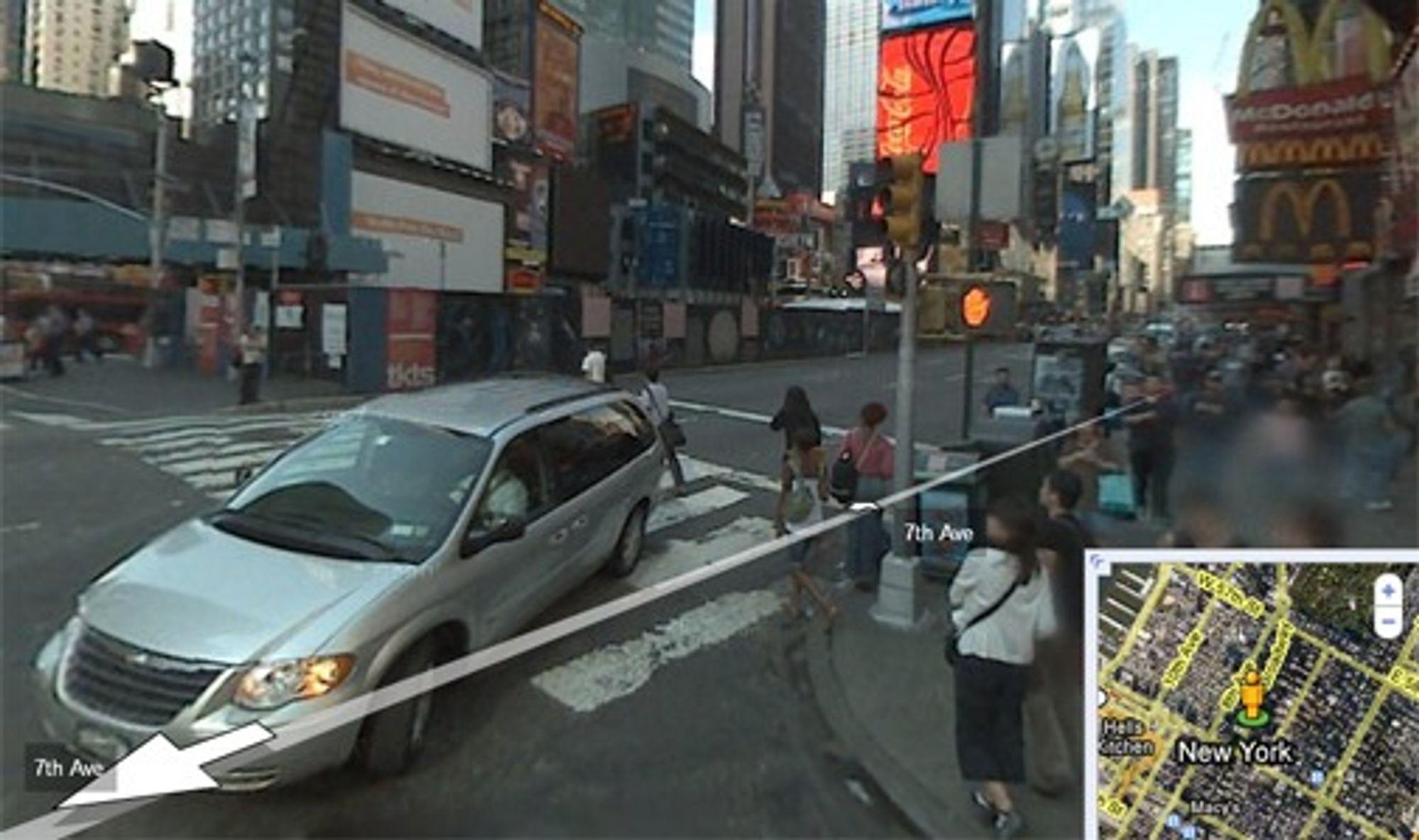 Google sladder nå bilskilt og ansikter i sin Street View-tjeneste, som her på Times Square i New York.