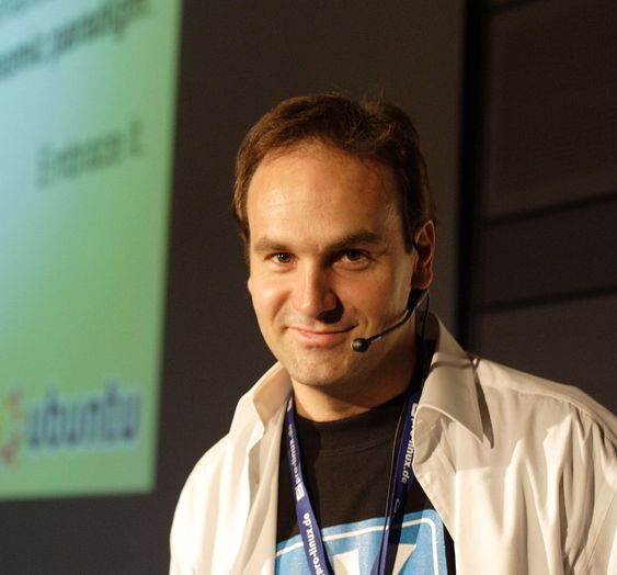 Canonical-sjef Mark Shuttleworth under Linuxtag 2006 i Wiesbaden.