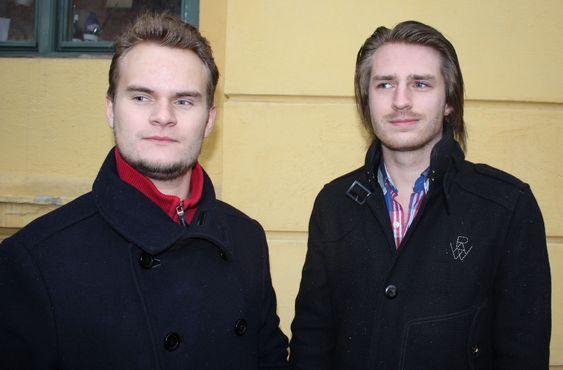 Per Harald Borgen (til venstre) og Kim Marius Norøm, to av de tre kameratene som står bak mikrojobb.no.