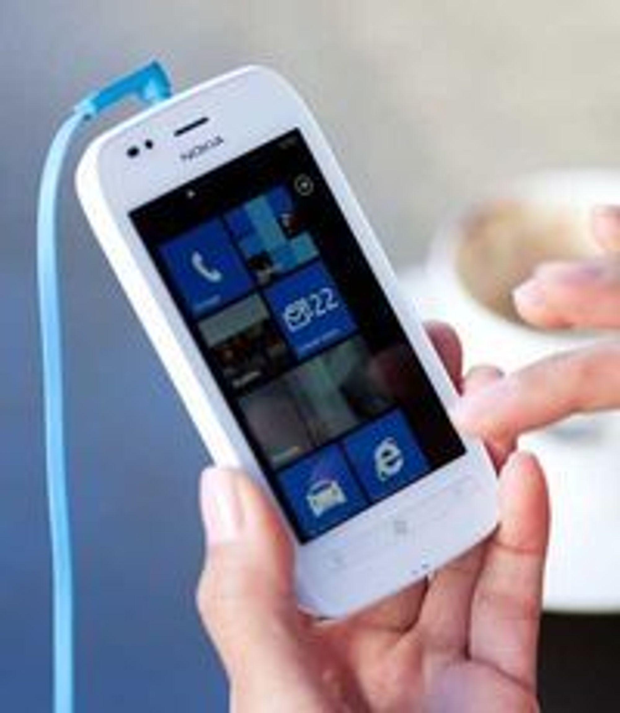 Nokias Lumia 710 får en anbefalt utsalgspris på rundt 270 euro.