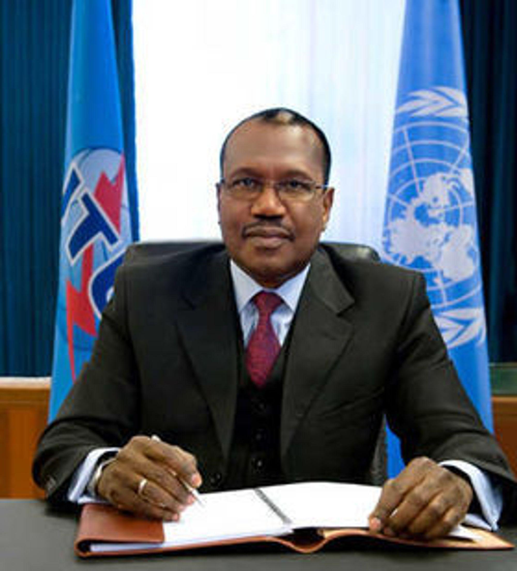 Generalsekretær i FN-organisasjonen ITU understreker at de fire målene for globalt bredbånd kan bare nås gjennom partnerskap mellom nasjonale myndigheter og privat sektor.