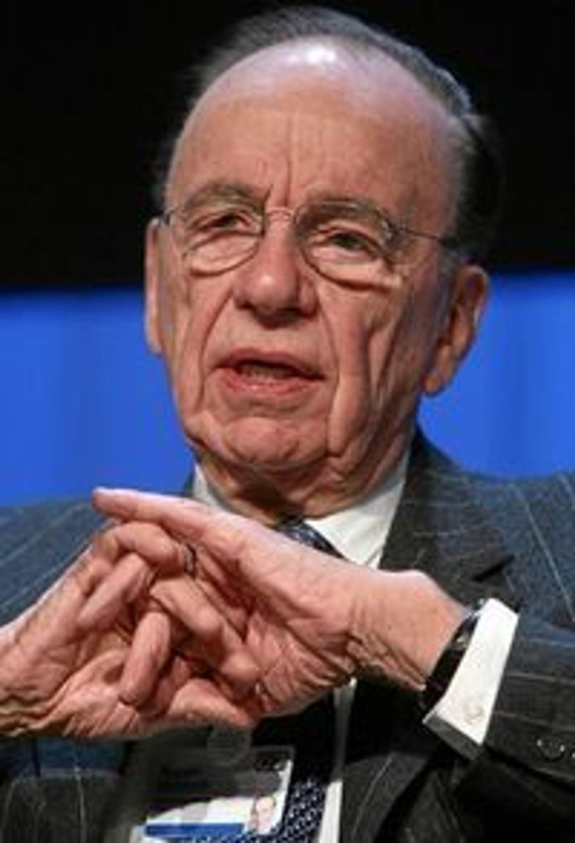 Rupert Murdoch mener man må vente at papiraviser forsvinner.
