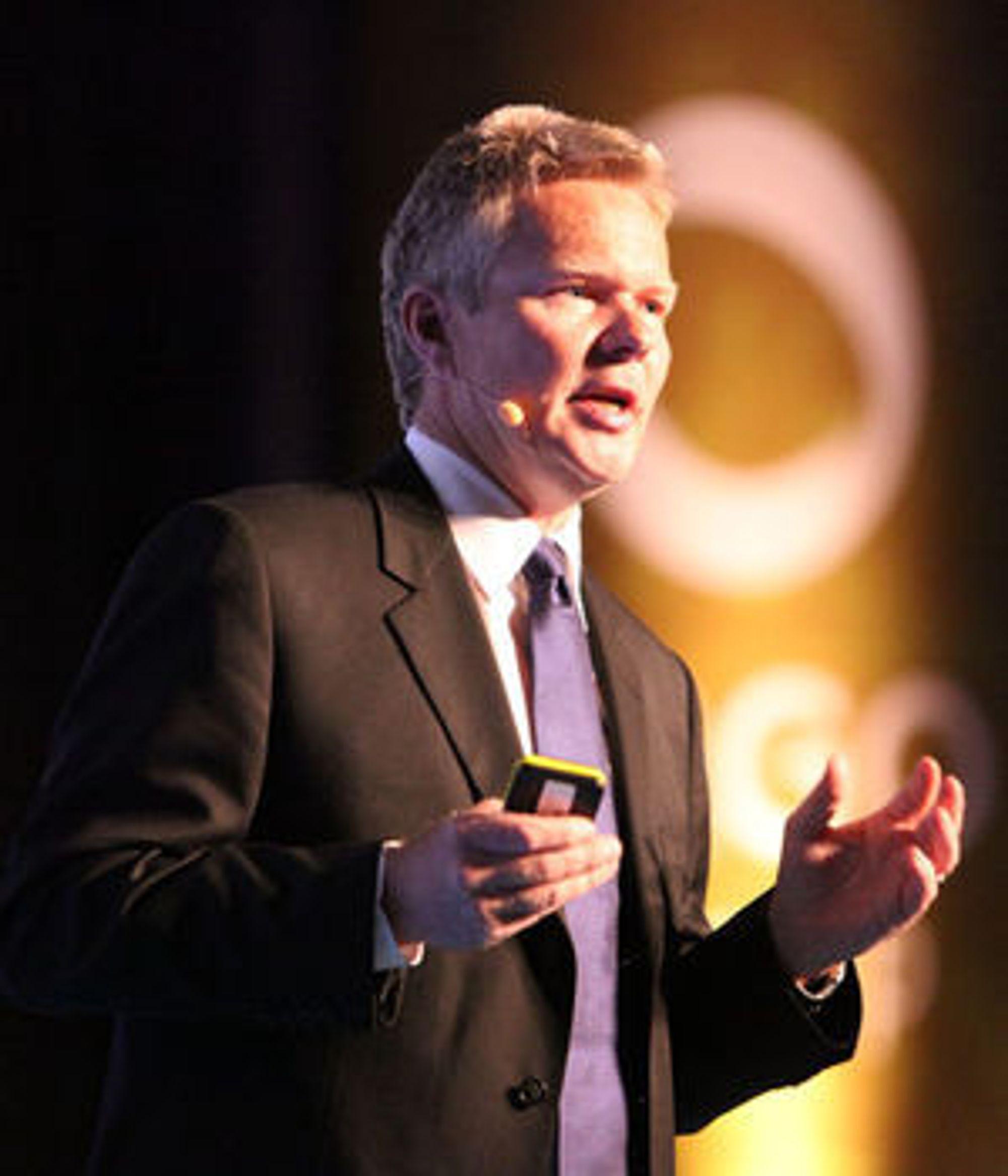 Administrerende direktør Terje Mjøs konstaterer at kostnadene i den norske delen av driftssegmentet er for høye. En omstilling er i gang, og resultatene vil vises i 2010, lover han.