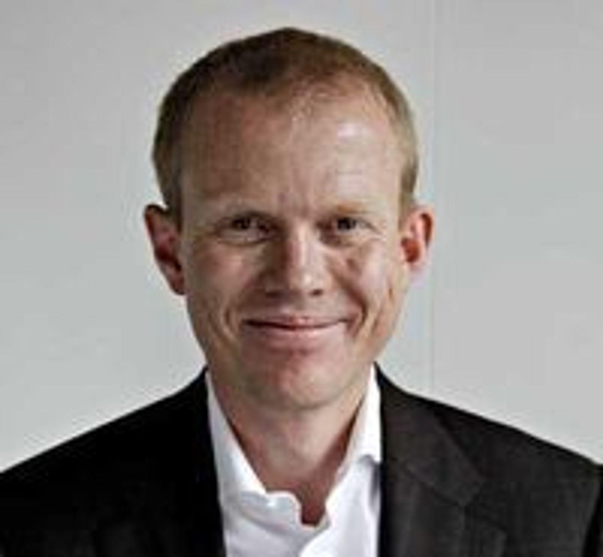 Kutter igjen: Konsernsjef Erik Villum i Umoe IKT