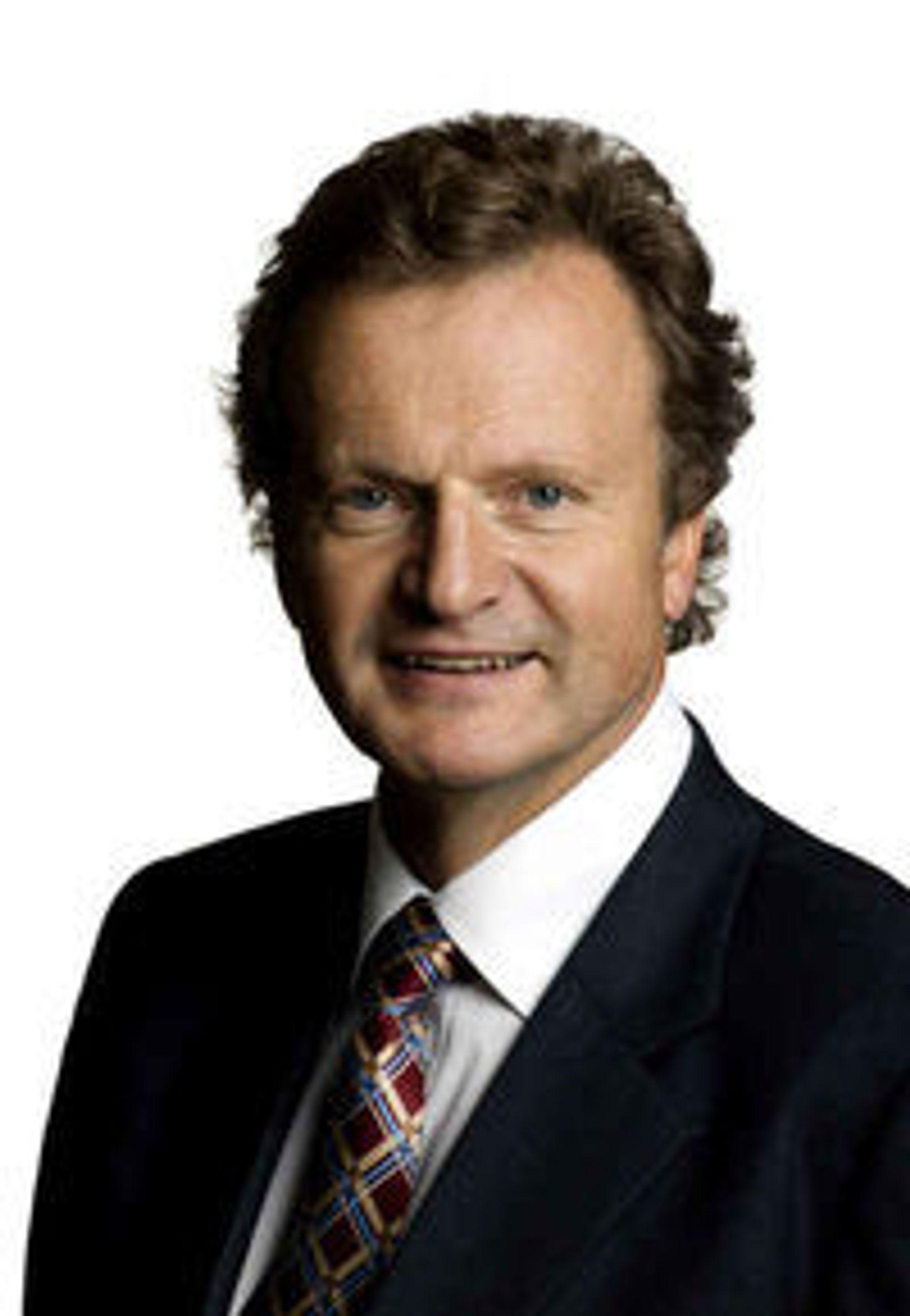 Konsernsjef Jon Fredrik Baksaas venter betydelig lavere EBITDA-margin i 2010 enn i 2009.