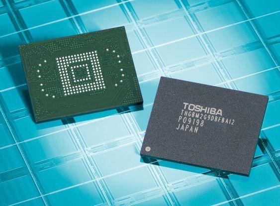 64 gigabyte-varianten av Toshibas nye eMMC flashminnemoduler.