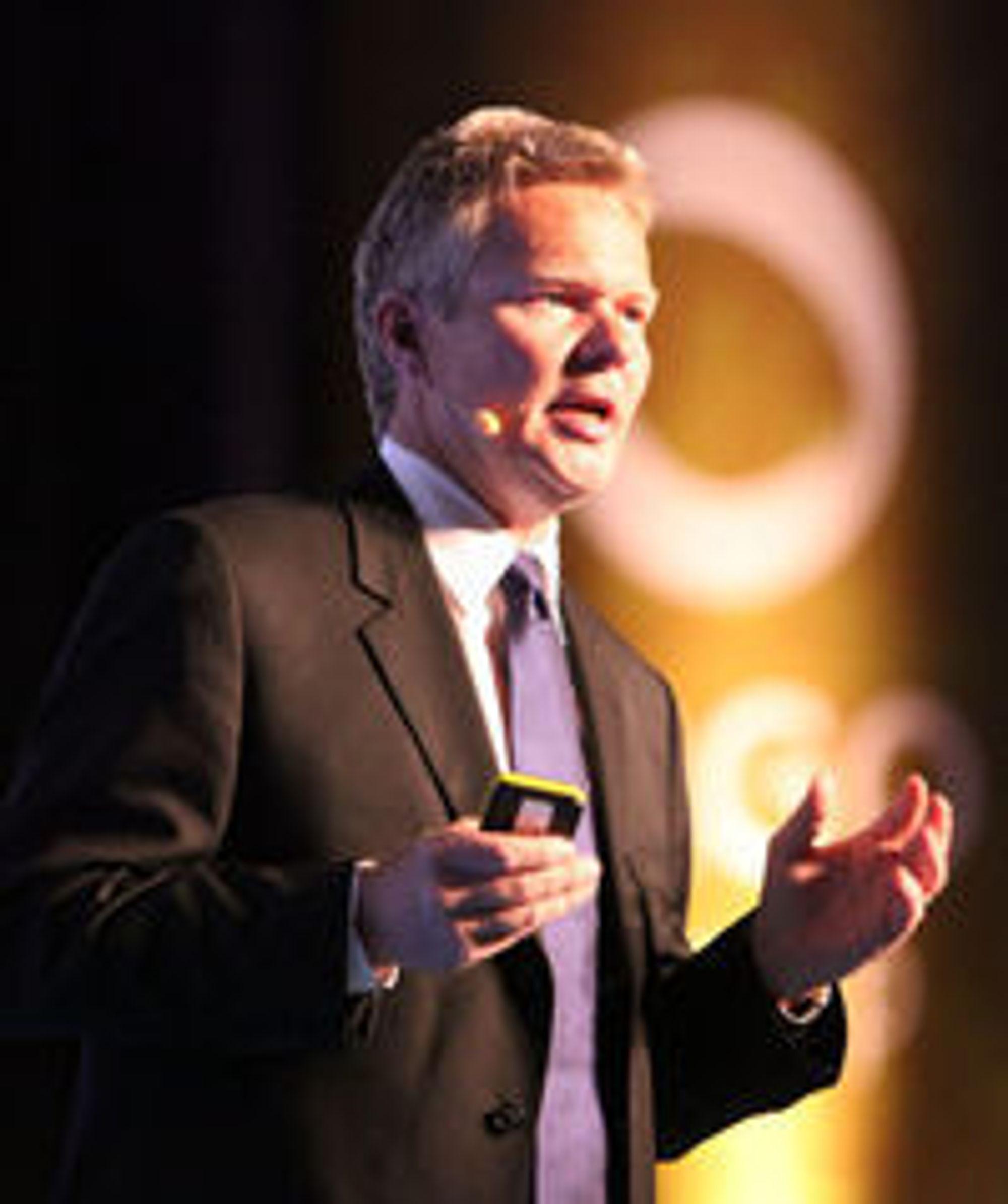 Påtroppende konsernsjef Terje Mjøs får ansvaret for nærmere 10.000 arbeidsplasser.