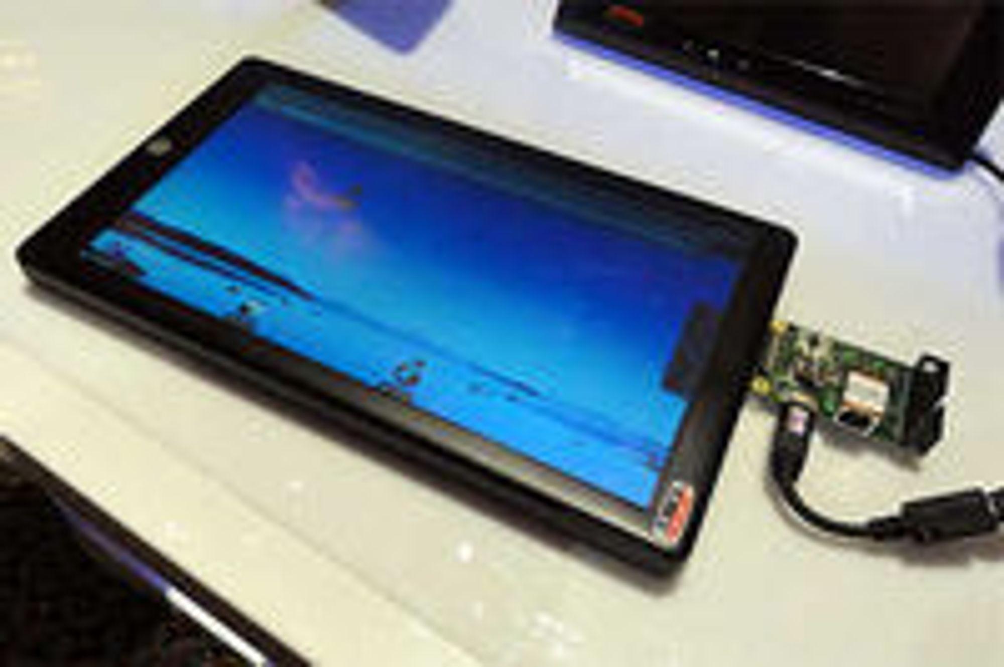Marvell Moby Tablet, som mellomproduktet til OLPC skal bygge på, så slik ut da den ble presentert i mars.