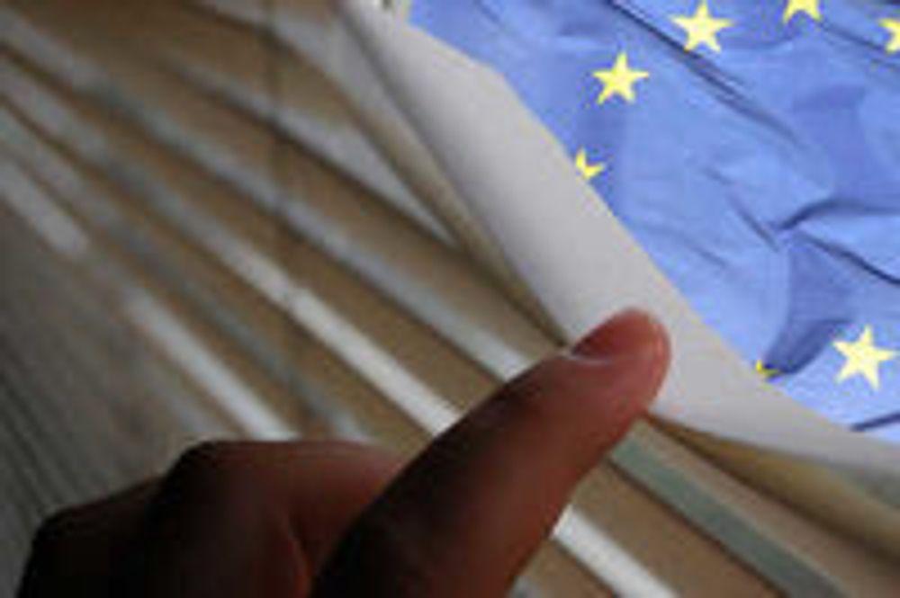 Selskaper som bryter de nye EU-reglene om beskyttelse av personopplysninger risikerer å måtte betale klekkelig. Det kan føre til bøter på inntil 4 prosent av en virksomhets globale årsomsetning.