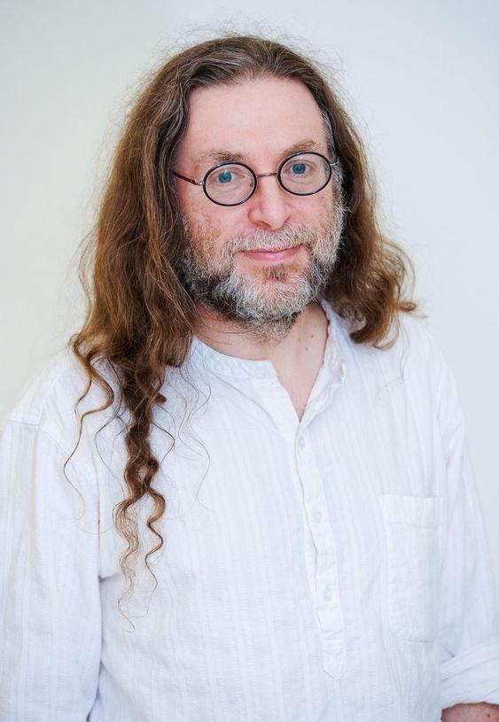 Donald Farmer arbeidet for Microsoft i mange år, og ble identifisert med beslutningsstøtte basert på SQL Server.
