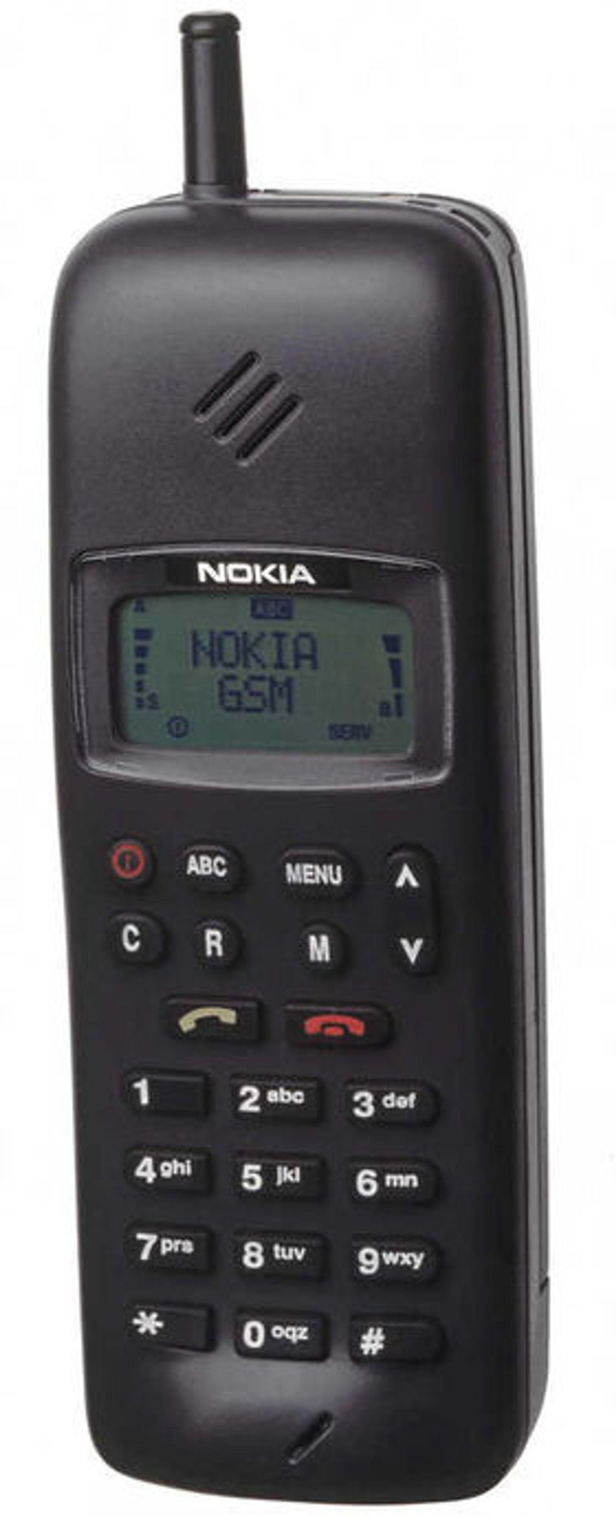 Nokia 1011, den aller første masseproduserte GSM-telefonen.