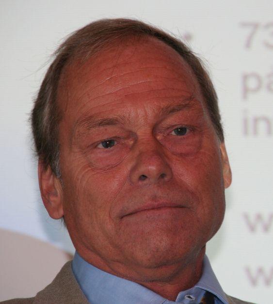 PT-direktør Willy Jensen mener USA må slippe andre land til i styringen av Internett.