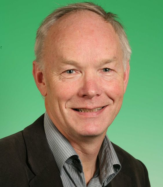 Finanspolitisk talsmann Per Olaf Lundteigen i Sp mener fibernettet bør eies av staten, slik som med strømnettet og veinettet. (Foto: Senterpartiet)