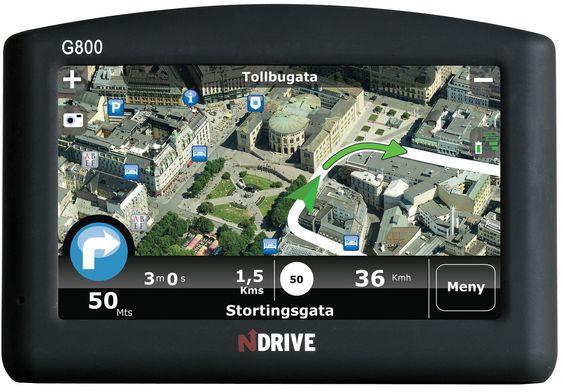 Navigatoren NDrive G800 med Bloms Real Navigation-løsning.