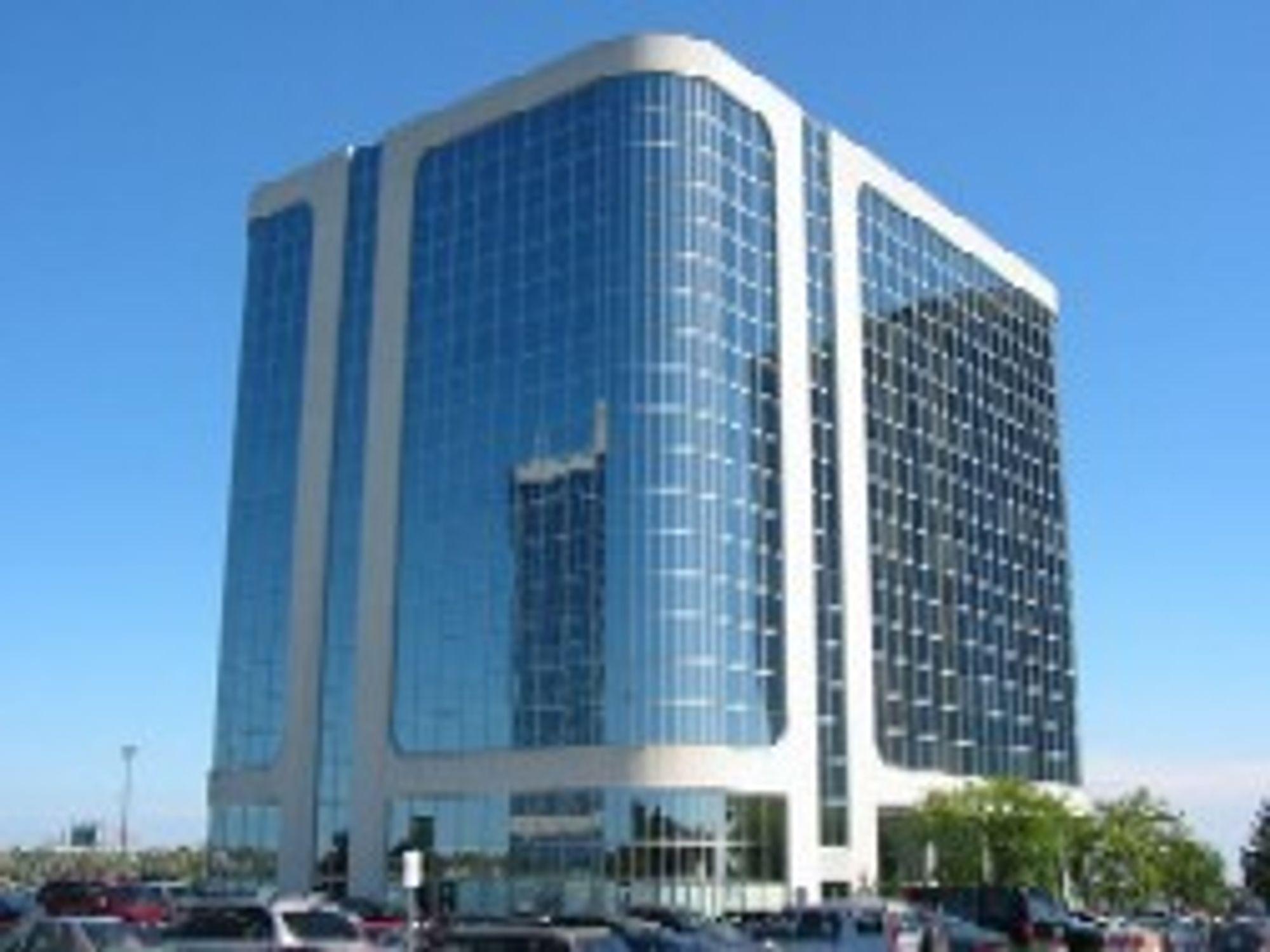 Nortel har et imponerende hovedkvarter i Toronto.