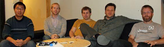De ansatte ved FXI Technologies kontor  i Trondheim. Fra venstre director HW Qiang Zhiao, chief operation officer Torstein Dybdahl, VP engineering Thomas Langås, chief executive officer Borgar Ljosland og chief scientist Asbjørn Djupdal.