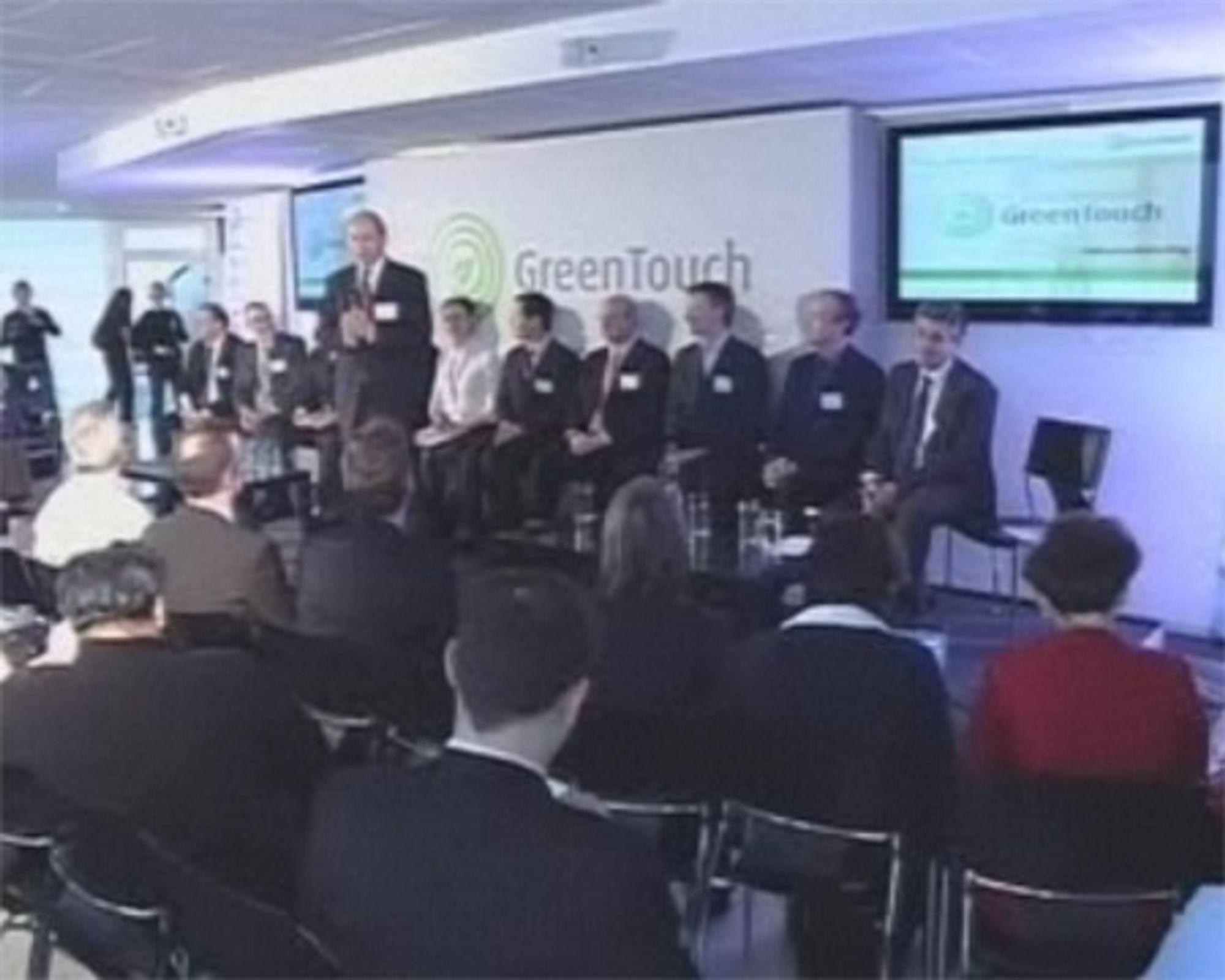 Fra lanseringen av Green Touch. Foran står Ben Verwaayen, toppsjef i Alcatel-Lucent.
