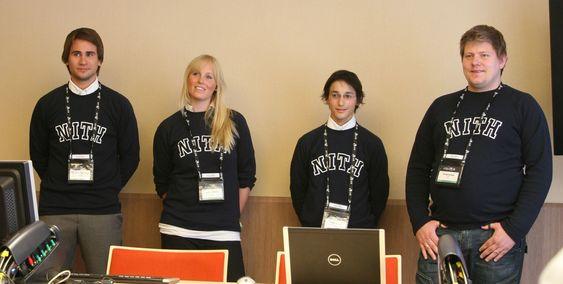 Kristian Sølve Ravndal, Trude Martinsen , Richard Dante og Christian Johannesen forbereder seg til sin første presentasjon.