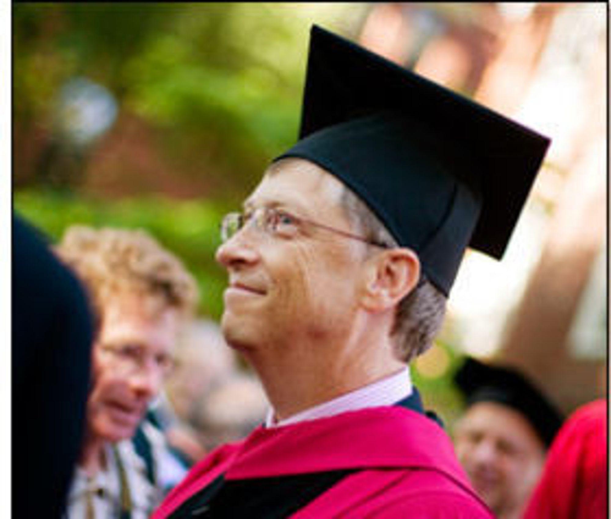 Det tok sin tid, men til, i 2006, fikk Bill Gates diplom fra Harvard University.