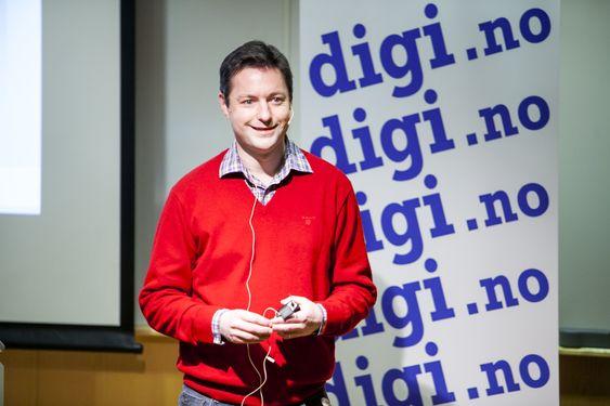 Aleksander Ørhn er teknologidirektør i oppstartsselskapet cXense og professor ved institutt for informatikk ved UiO. Han inspirerte både studenter og andre til å være med på en oppstart.