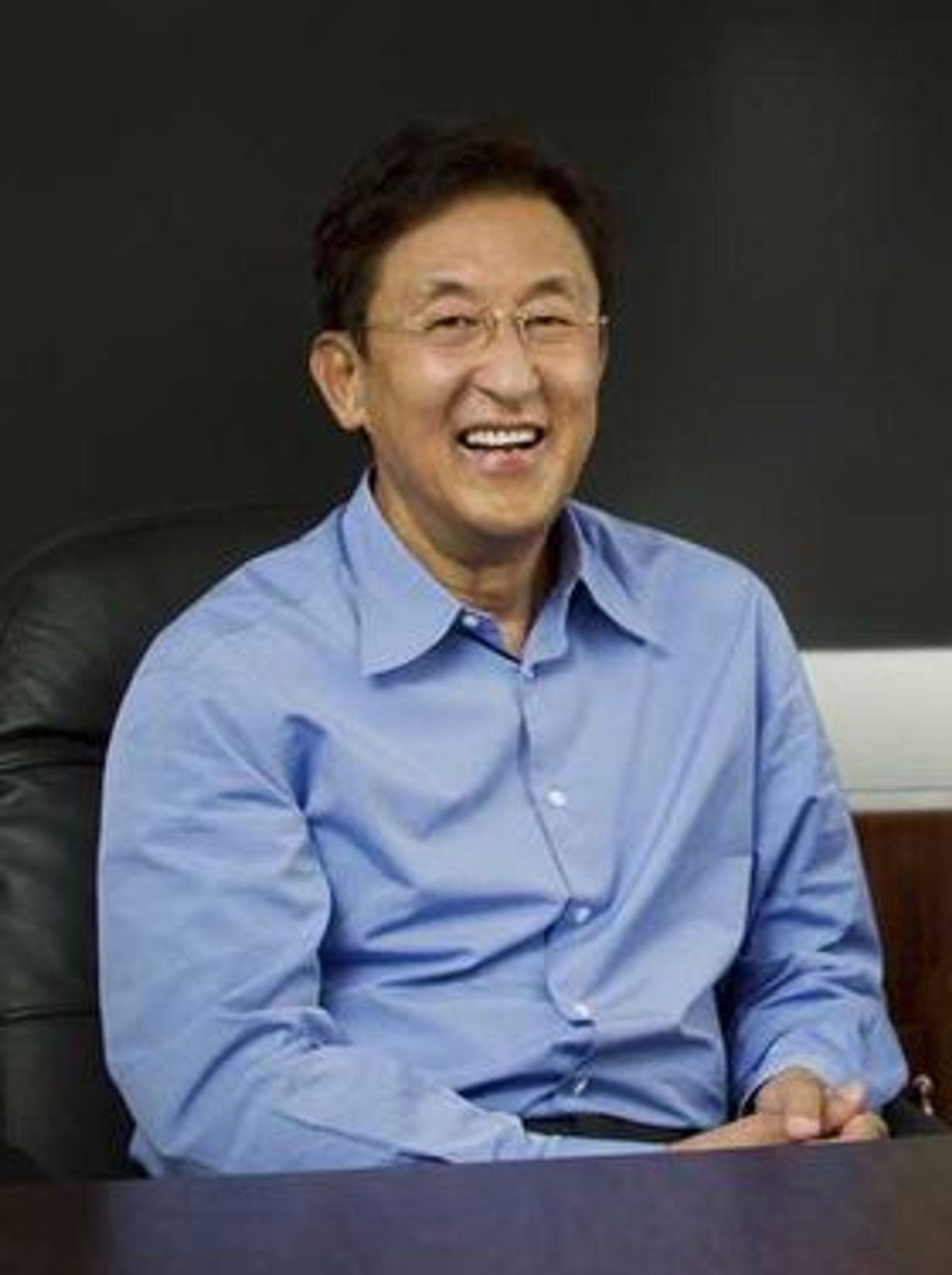Kingston-sjef John Tu tror at spesielt leverandører av den nye formfaktoren «ultrabooks» vil satse på SSD framfor harddisk.