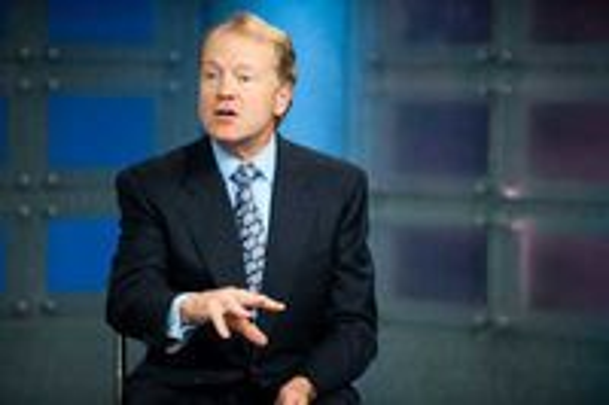 Cisco-sjef John Chambers søkte å dempe forventningene til resten av 2010.