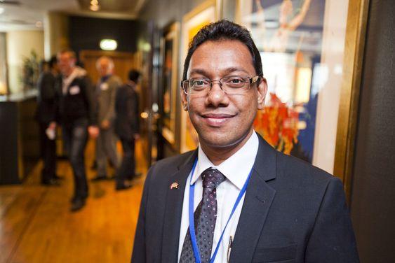 Four Corners-sjef Sushena Ranatunga sonderer terrenget for å finne nye norske partnere.