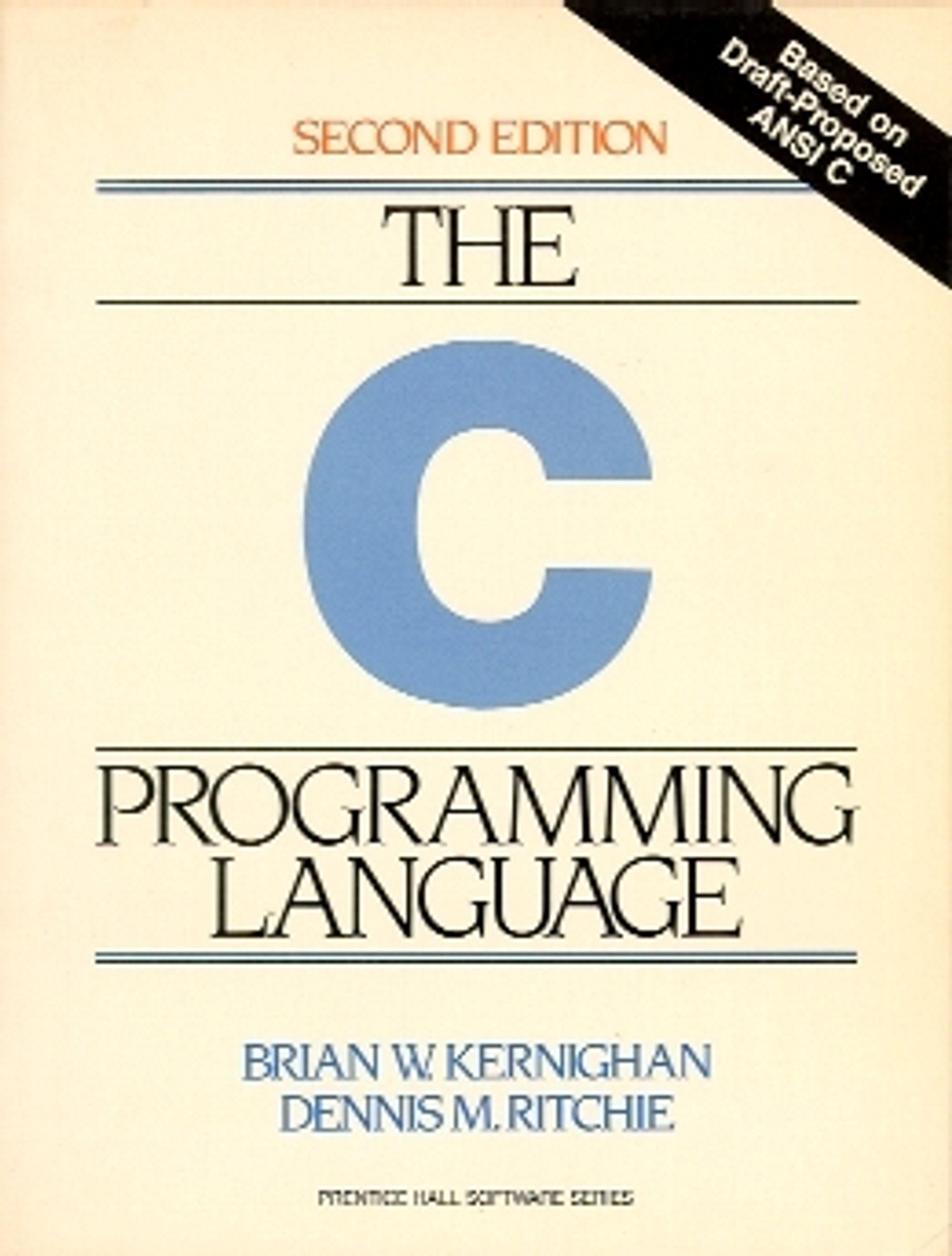 Andre utgave av boken «The C Programming Language» som Dennis Ritchie opprinnelig forfattet sammen med Brian Kernighan i 1978.