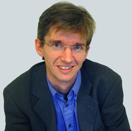 IT gjennomsyrer alt, og blir dermed usynlig. Abelia-sjef Paul Chaffey tar til orde for egne IT-talspersoner i de politiske partiene.