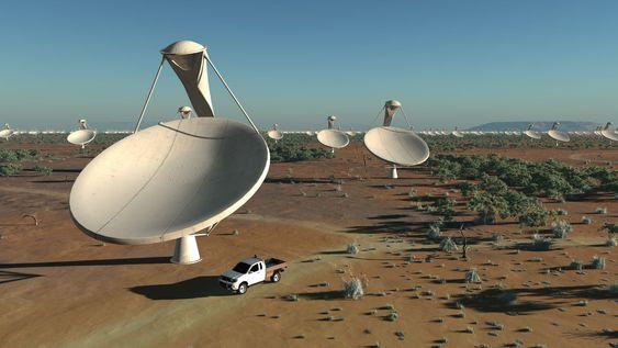 SKA-anlegget skal bestå av blant annet 3000 slike antenner, som hver har en diameter på 15 meter.
