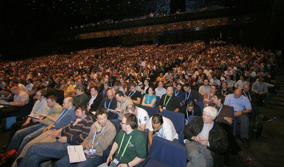 Cirka 4.000 deltagere tok turen til TechEd for å høre om Microsofts nyvinninger for IT-drift. 60 norske selskaper har sendt ansatte til Barcelona for å lære.