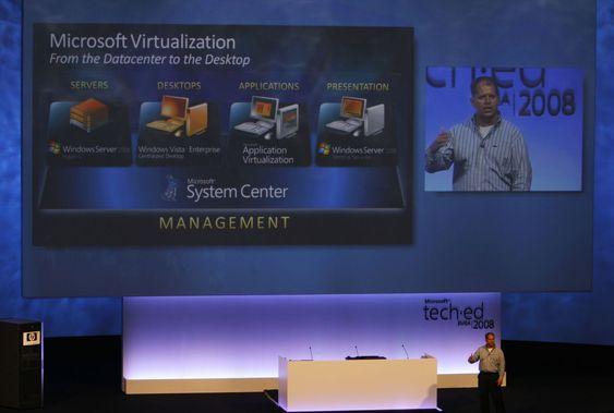 - Virtualisering er ikke et produkt, det er en strategi, sier Brad Anderson, General manager Management & Services Division, Microsoft.