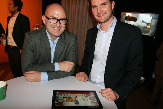 - LEKKER: Pål Tarjei Åsheim (t.v) fra McCann og Rimi-markedssjef Henning Eriksen viste fram sin ferske Rimi-app. - Windows 8-plattformen er rett og slett tiltalende og lekker, utbrøt Åsheim.