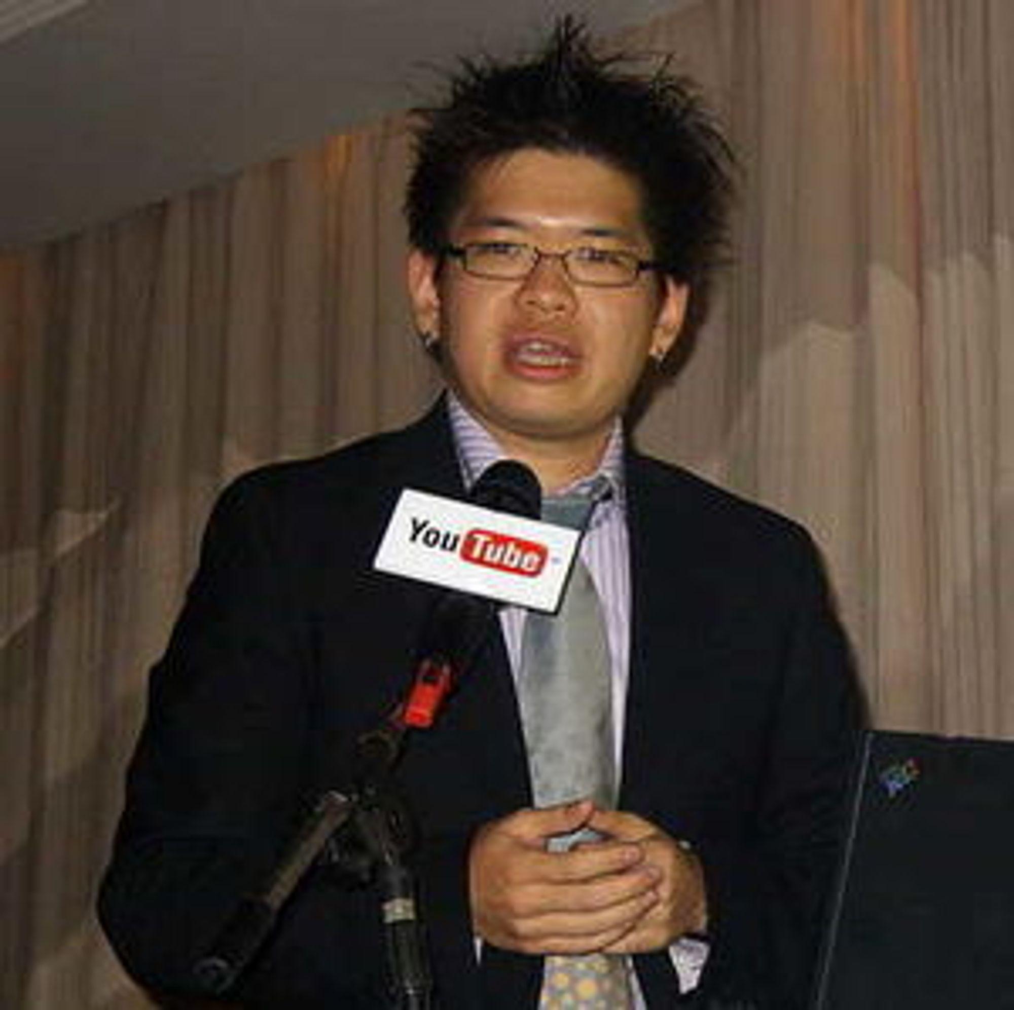 Steve Chen, på pressekonferanse i Taiwan i 2007. (foto: Rico Shen)