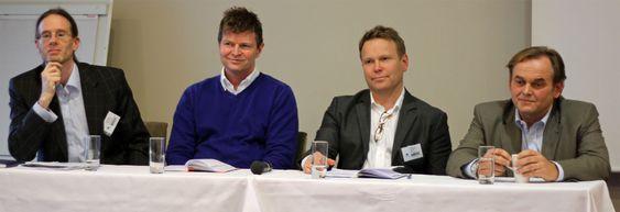 Panelet, fra venstre Sigurd Thunem fra Telenor, Peter Wagstaff fra NextGenTel , Tore Kristoffersen fra Altibox og Bjørn Vik fra Ventelo.