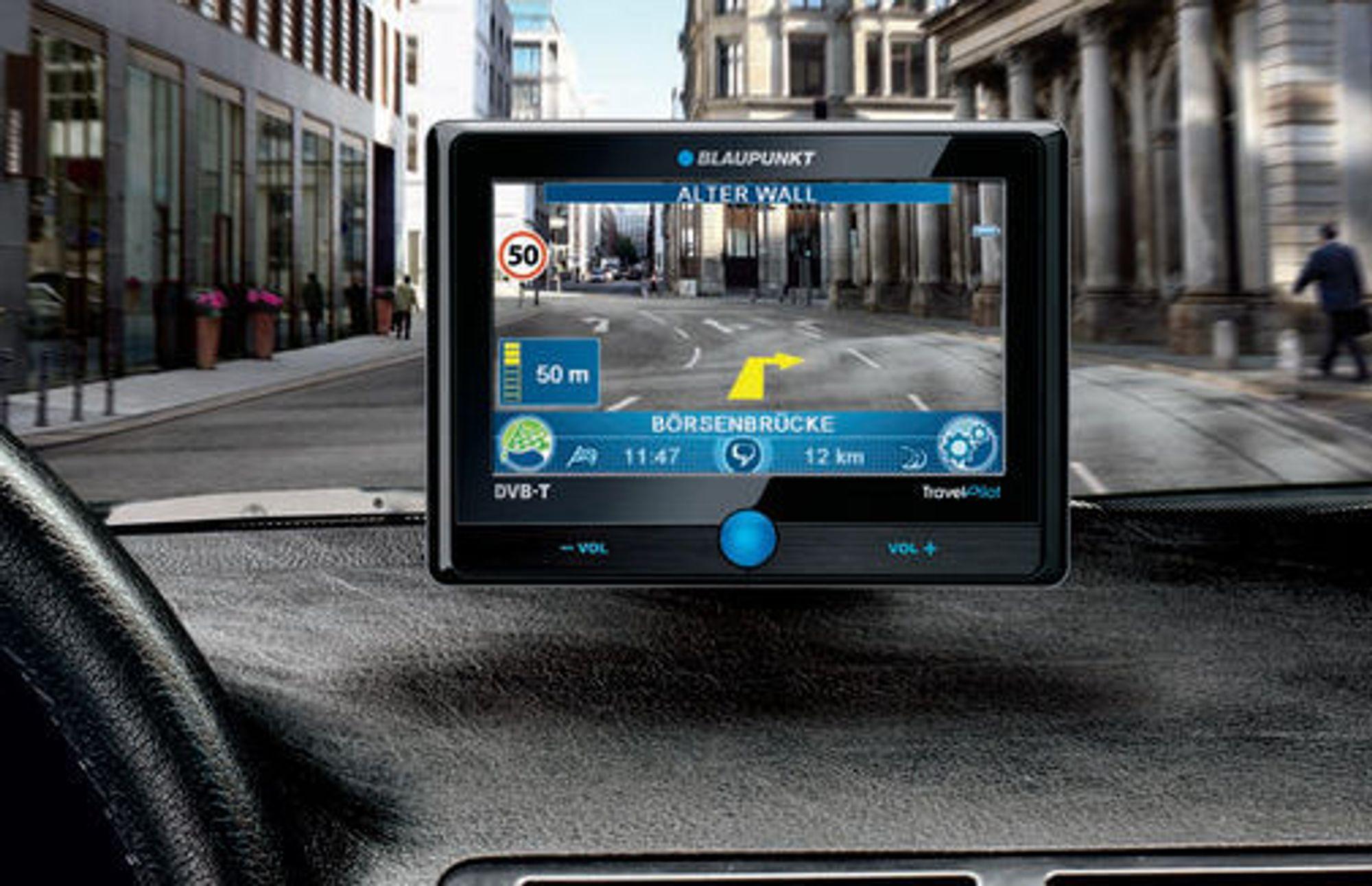 Blaupunkt Travelpilot 500 og 700 viser selve veien og de registrerte fartsgrensene på skjermen.
