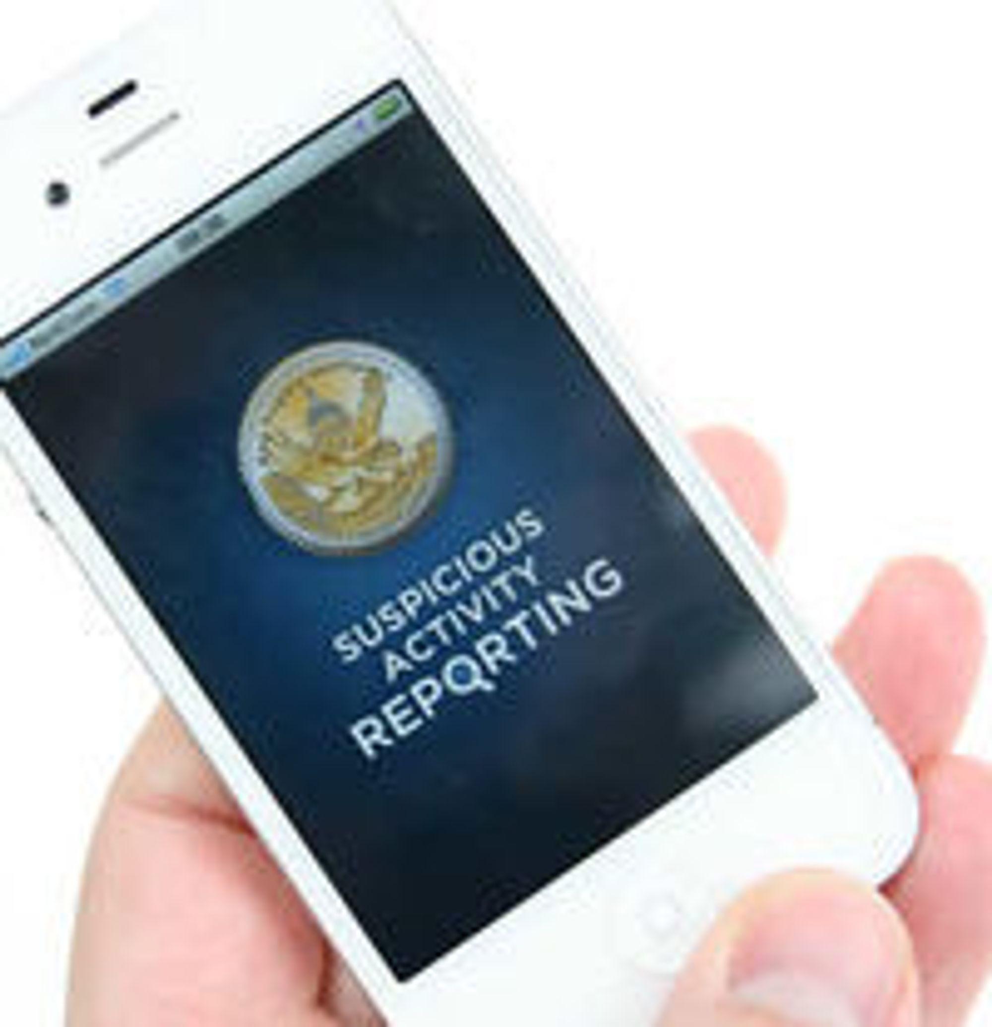 «Suspicious activity reporting»: I USA blir publikum nå oppfordret til å sende inn tips om mistenkelig atferd, blant annet via denne mobilappen utviklet av delstaten West Virginia.