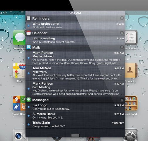 Notification Center er blant nyhetene i iOS 5, her vist på en iPad.