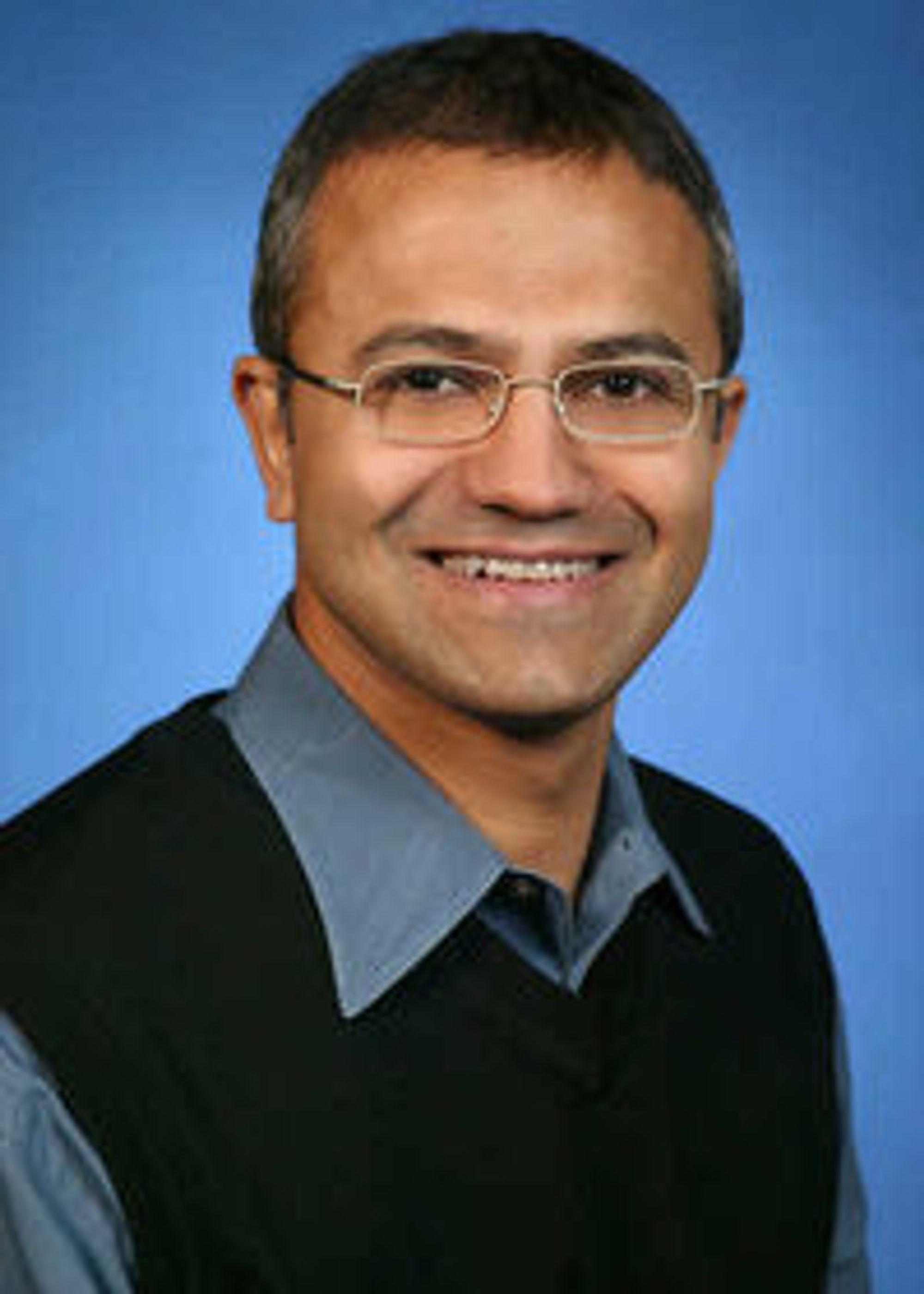 Satya Nadella overtar som president for servere, utviklerverktøy og nettskyen i Microsoft.
