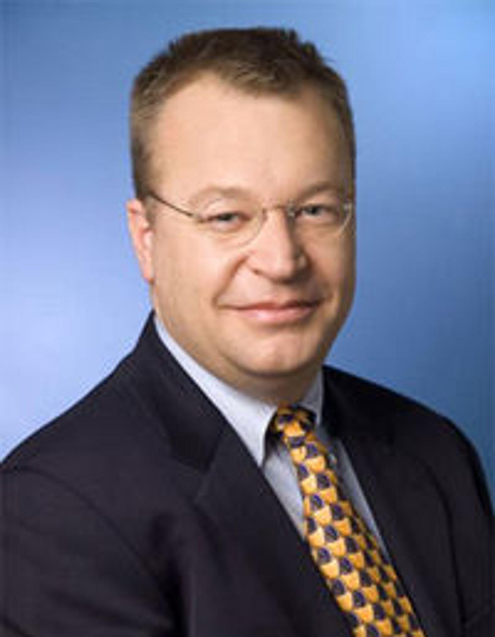 Nokias toppsjef Stephen Elop gjør det klart at døden venter selskapet med mindre de greier å forlate Symbian.