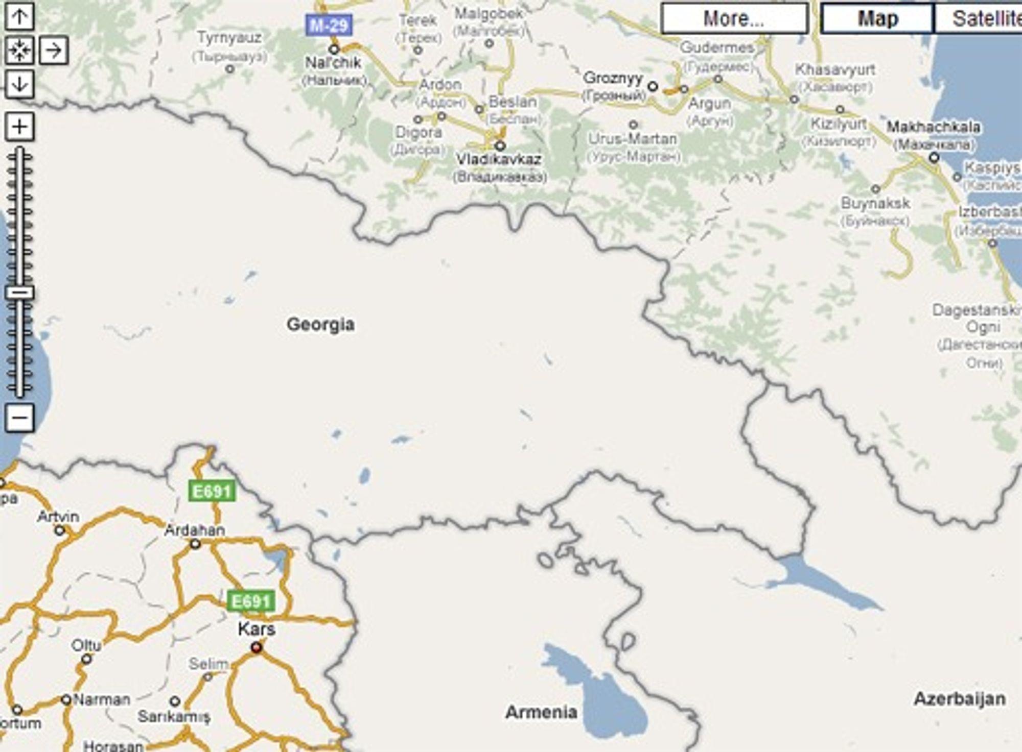 Google Maps er fint lite detaljert for land som Georgia, Armenia og Aserbadjan. Til kontrast er det mange detaljer om Russland i nord, og Tyrkia som ligger sør for Georgia. (Foto: skjermbilde Google Maps)