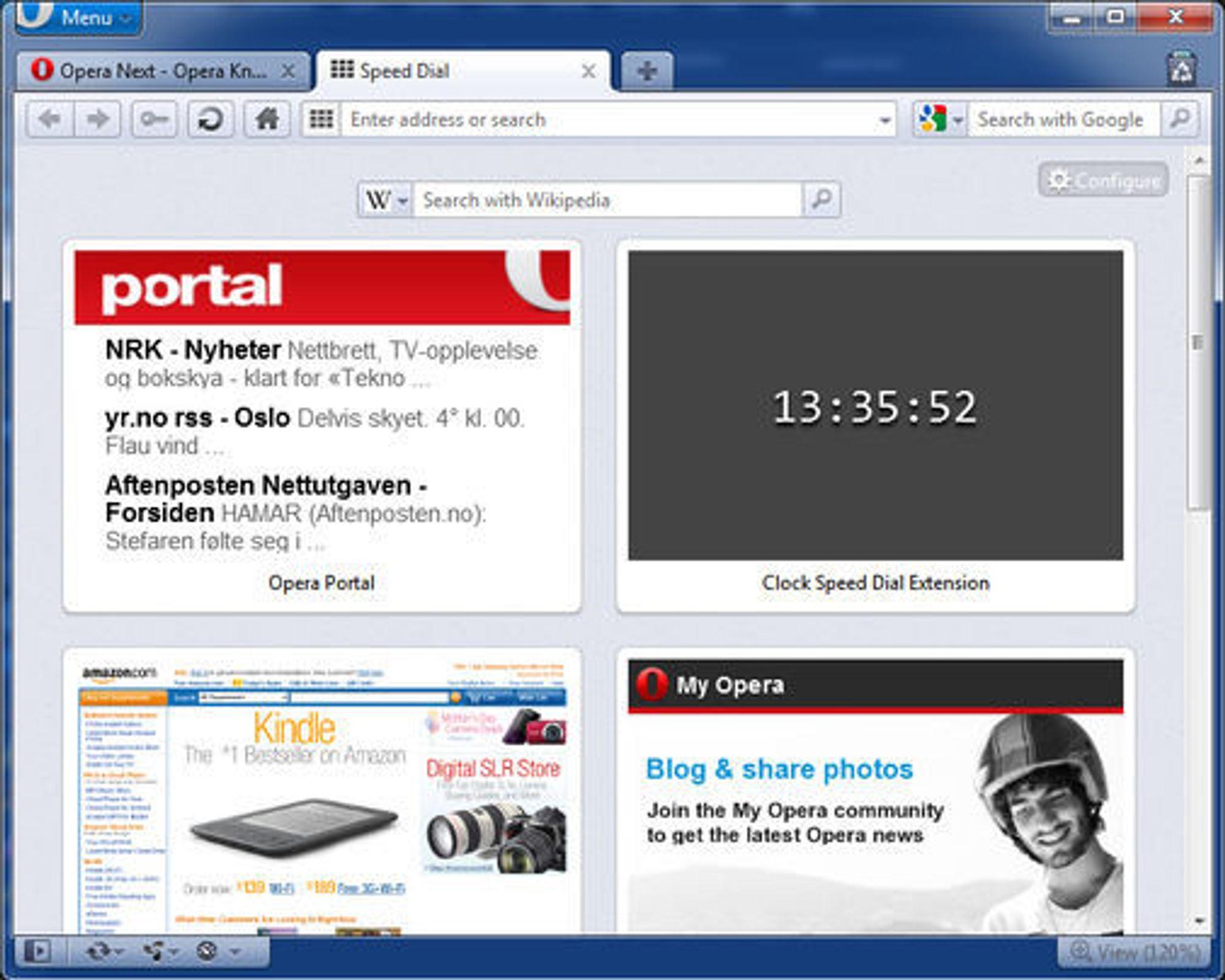 Klokken som vises er en utvidelse til Speed Dial. Slike utvidelser er en nyhet i Opera 11.50.