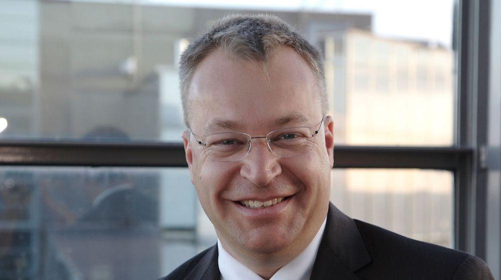 Stephen Elop fikk i alle fall en dag med kraftig oppgang i Nokia-aksjen. Mandag solgte han Nokias mobilvirksomhet til Microsoft. Det fikk børsen i Helsinki til å juble.