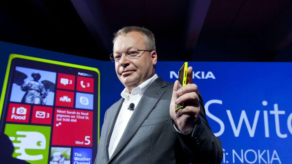 Nokia-sjef Stephen Elop kunne tirsdag stolt presentere at selskapet han leder blir kjøpt av sin tidligere arbeidsgiver.