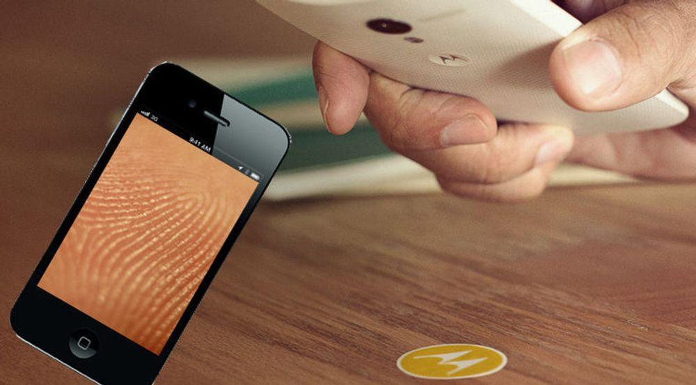 Fingeravtrykkleser og NFC-baserte klistremerker er blant autentiseringsmetodene som mobiltelefoner nå blir utstyrt med.