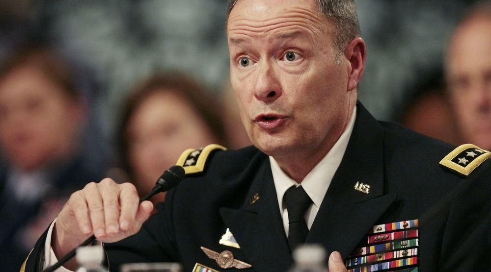 NSAs daværende direktør Keith Alexander ble kalt inn til høring i det amerikanske senatet i fjor sommer, etter at Edward Snowdens lekkasjer hadde avdekket Prism-skandalen.